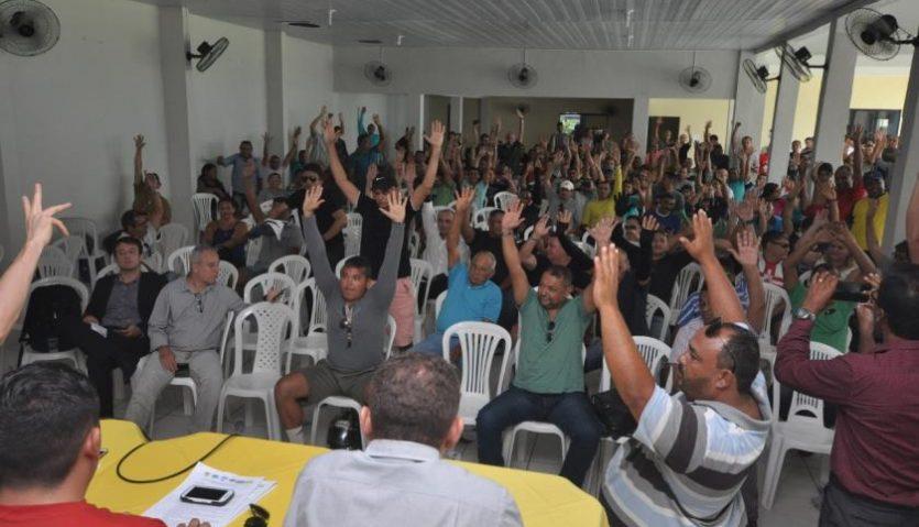 Polícia Militar e Bombeiros encerram paralisação